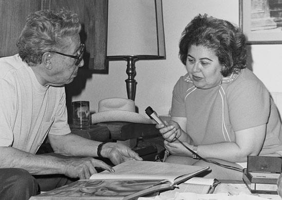 Shifra Goldman with Mexican muralist David Alfaro Siqueiros, early 1970s