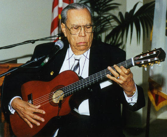 Guerrero playing guitar, 2000