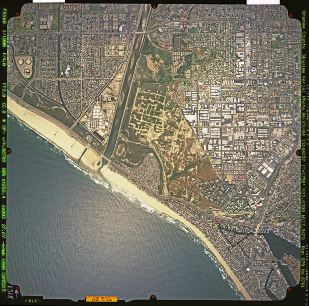 Eagle Aerial image of Huntington Beach and Newport Beach, Orange County, 2004