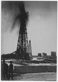 Oil field, Kern Co., c. 1909-1910
