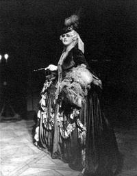 Lotte Lehmann as the Marschallin in Strauss' Rosenkavalier