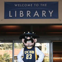 UCSB's mascot visits the library